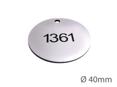 Nyckelbricka i plast, 40mm i diameter, enkelsidig gravyr