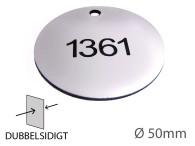Nyckelbricka i plast, 50mm i diameter, dubbelsidig gravyr